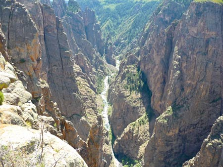 Black Canyon of the Gunnison North Rim showing Gunnison River