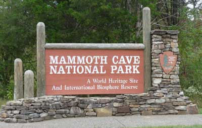 Sign for Mammoth Cave National Park