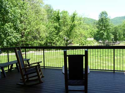 Rocking chairs on porch of Oconaluftee visitor center